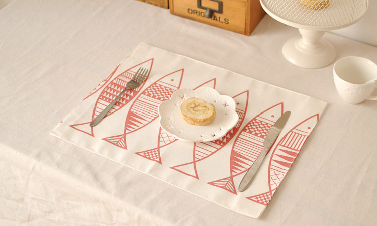 [RainLoong] Red Fish Cotton Linen Table Mat Pad Thermal Insulation For Restaurant Dinning Bar Kitchen Decoration 40x30cm