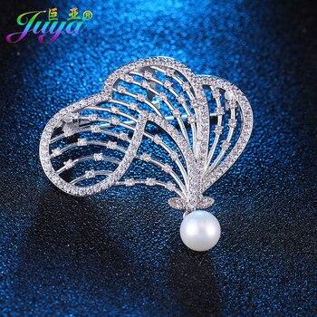 2017 Ali Moda cristales de diamantes de imitación perlas Flor de Oro solapa Pin broches decorativos para el Día de Acción de Gracias regalos de navidad
