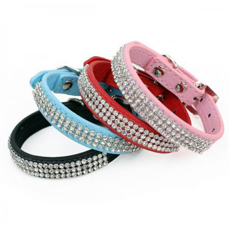 Bling Rhinestone Dog Collars PU Läder Crystal Diamond Halsband Valp Pet Collar Leashes För Hundar Petshop Hund Tillbehör