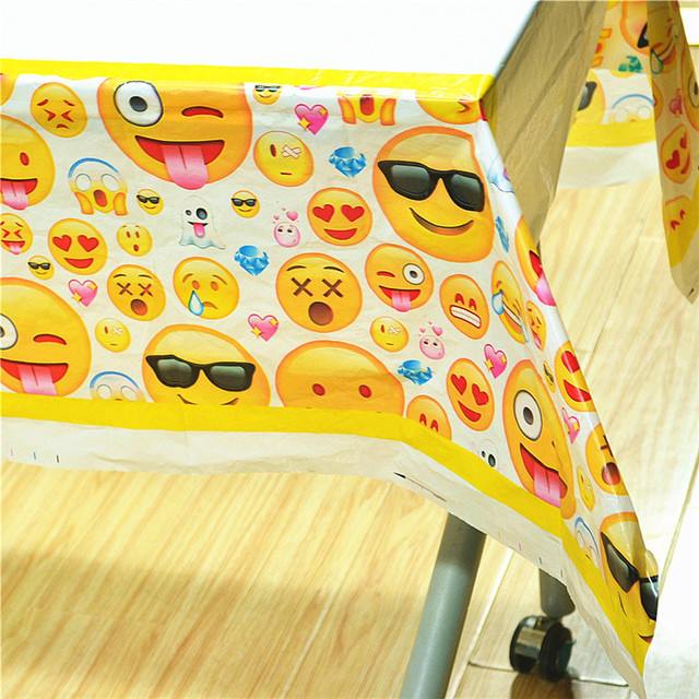 1PCS Disposable Table Cloth Cute Emoji Theme Cover Tablecloth Kid Boy Birthday Party Smiling Face Supplies 180108cm