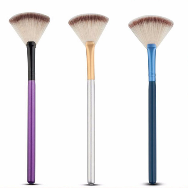 Cosmetic Tools Accessories Fan Shape Makeup Brush Highlighter Face Powder Brush 1 Pcs For Face Make Up 1
