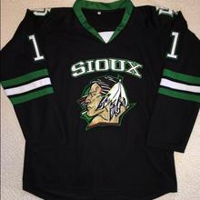 BONJEAN Rare Vintage Zach Parise North Dakota Fighting Sioux Hockey Jersey  Embroidery 137468e1ec7