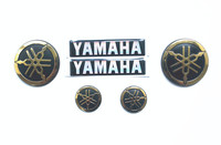Motorcycle 3D round Sticker Decals for YAMAHA logo HIGH QUALITY CHROME GOLD Sticker For Yamaha YZF R1 R3 R6 R25 XJR 1300 TMAX5