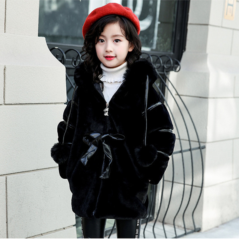 купить Girl Winter Faux Fur Coat 2018 New Plus Cotton Warm Hooded Jackets For Children's Girl Fashion Hairball Wool Outerwear 110-150 по цене 1949.49 рублей