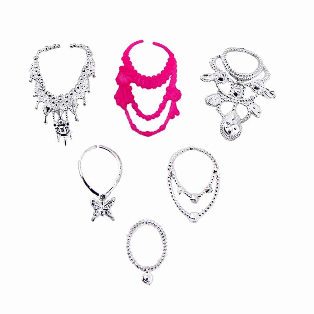 ... 35 Item Set Doll Accessories   10x Dresses + 10x Shoes + 6x Necklaces +  ... 9abbcc555cb5