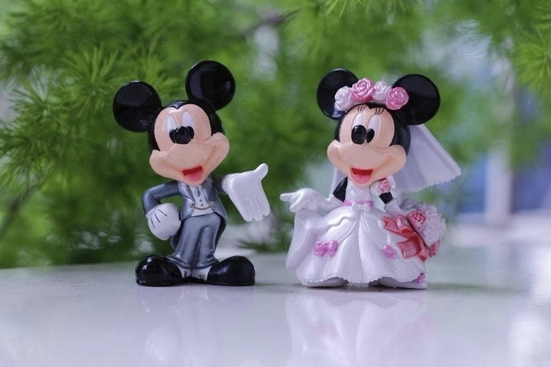 6pairs Mickey & Minnie Wedding Dress Suit 6.5cm Toy Figure Gift Cake Decoration