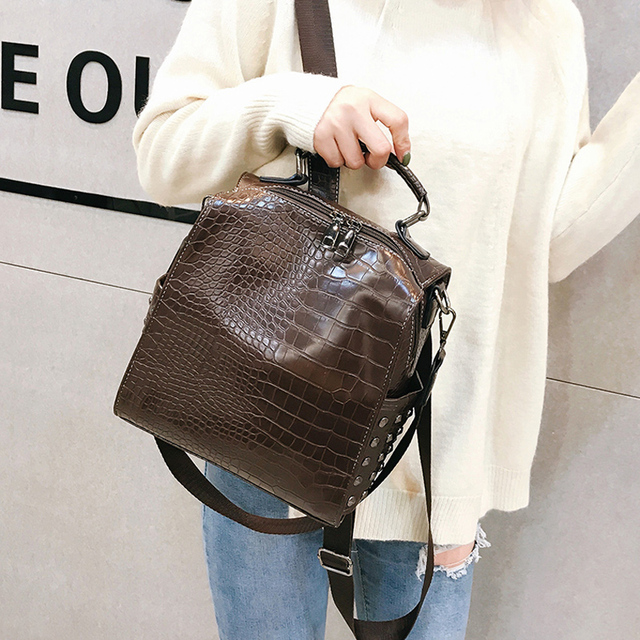 Fashion Women Leather Backpacks New Crocodile Pattern Travel BackPack Rivet Shoulder Bag Backpacks for Girls School Bag Backpack