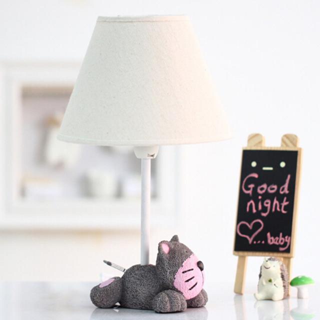 Crianças presentes de Aniversário Crianças Quarto de madeira lâmpada de mesa lâmpada de mesa Interruptor Botão E14 AC 220 V 110 V Nórdico Levou Lâmpada de mesa