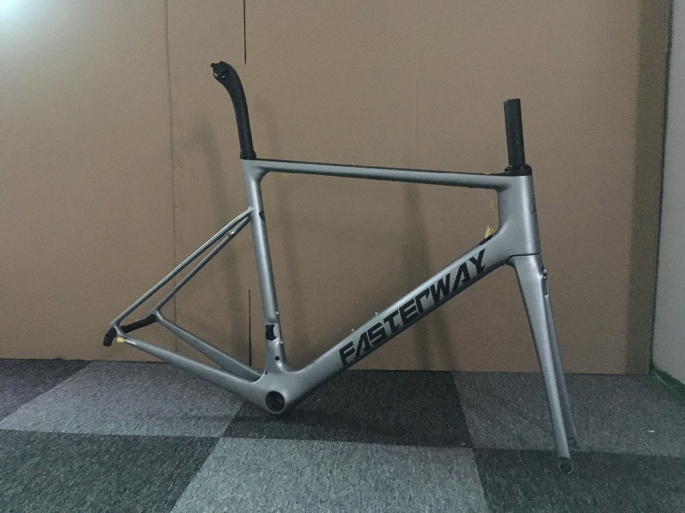 2019 Taiwan Brand FASTERWAY Classic Gray Sliver With Black Decals Light Carbon Frame Road:Frameset+Seatpost+Fork+Clamp+Headset