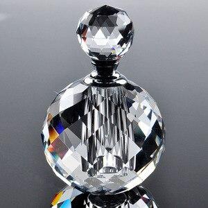 Image 2 - H & D 21 Stili Vintage di cristallo Bottiglie di Profumo Riutilizzabile Vuota Decorazione Della Tavola di Casa Bottiglia di Favori di Nozze