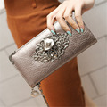 2016 Hot Fashion Metal Skull Pattern PU Leather Long Wallets Women Wallets Portable Casual Lady Cash Purse Card Holder Gift