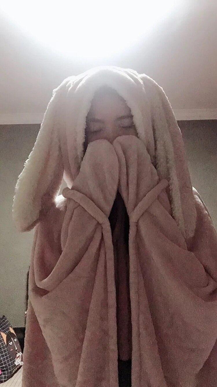 Cute Pink Comfy Blanket Sweatshirt Winter Warm Adults and Children Rabbit Ear Hooded Fleece Blanket Sleepwear Huge Bed Blankets 95
