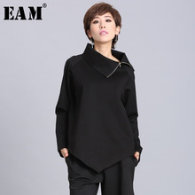 [EAM] 2020New Spring Summer  Black Asymmetric Turtleneck Collar Full Sleeve Casual Zipper Women Fashion Tide Loose OA882