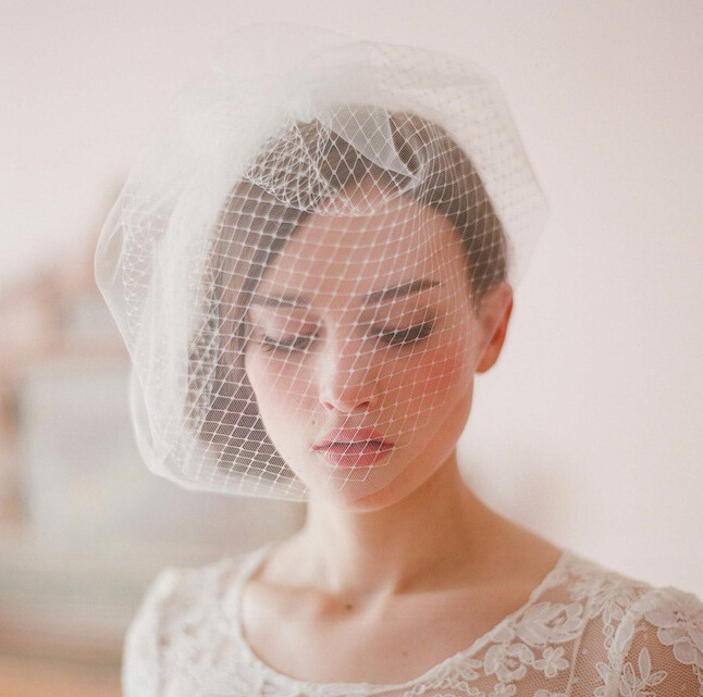 bridal veil asian personals Bridal veils chapel length soft tulle these wedding accessories online are surely the best choice for you and will add more romance and luxury to your.