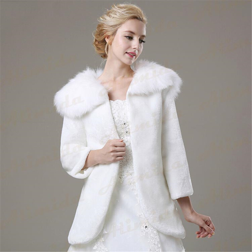 2018 New Design White Warm Faux Fur Bridal Wraps Wedding Shawl Wedding Jacket Full Sleeve Coat