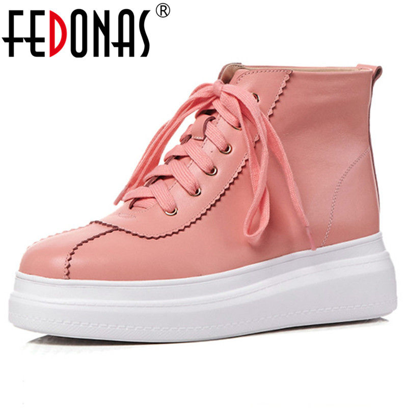 все цены на FEDONAS Fashion Brand Women Ankle Boots High Platforms Genuine Leather Round Toe Casual Shoes Woman Lace Up Martin Boots онлайн