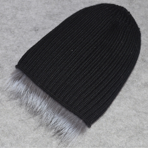 Image 5 - 2020 New Luxury 100% Natural Real Fox Fur Hat Women Winter Knitted Real Fox Fur Bomber Cap Girls Warm Soft Fox Fur Beanies Hats
