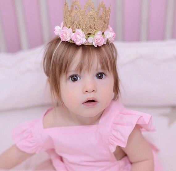 Nové růžové květiny Gold Lace Crown Čelenka pro dětské vlasy Příslušenství Gold MINI Lace Crown for Newborn Photography rekvizity