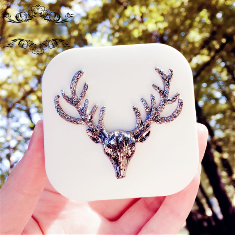 Lovely Women Handmade Contact Lens Box Travel Kit With Mirror Square Black/White Christmas Deer Contact Lens Case Cute Animals