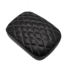 купить FREE SHIPPING Black Motorcycle Rear Passenger Cushion Pillion Seat Pad Suction Cups For Harley /Dyna /Sportster /Softail Touring по цене 1041.45 рублей
