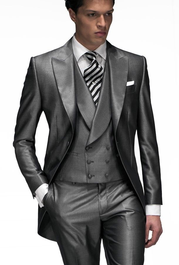 Grey Groom Tuxedos Groomsmen Peak Lapel Men's Wedding Tailcoat Suit