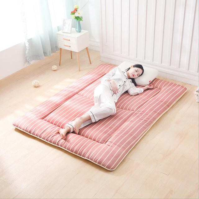 1 8m Bed Mattress Topper Pad Queen Size Stripe Folding Mat Tatami Floor Cushion Filling Whole Piece Of Polyester Protection