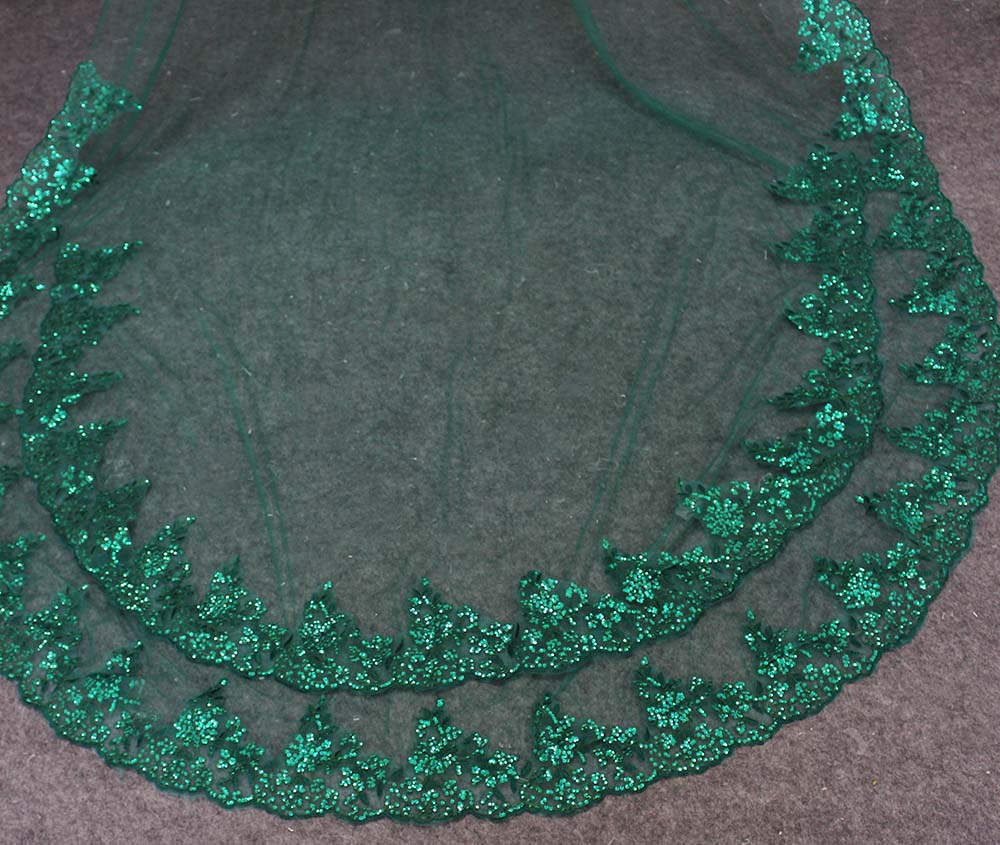 Image 3 - Real Photos Green Wedding Veil Single Tier Bling Sequins Lace Bridal Veil with Comb Beautiful Wedding Accessories-in Bridal Veils from Weddings & Events