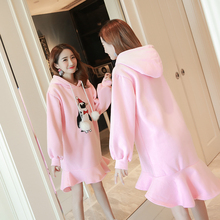 Make maternity qiu dong outfit in pregnant women dress cloth thickened hooded fleece long A word skirt falbala
