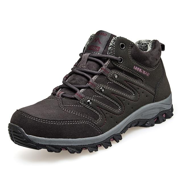 Для мужчин кроссовки пару моделей альпинистская обувь зима среднего возраста прогулочная обувь плюс бархатные теплые туфли из хлопка Женская обувь