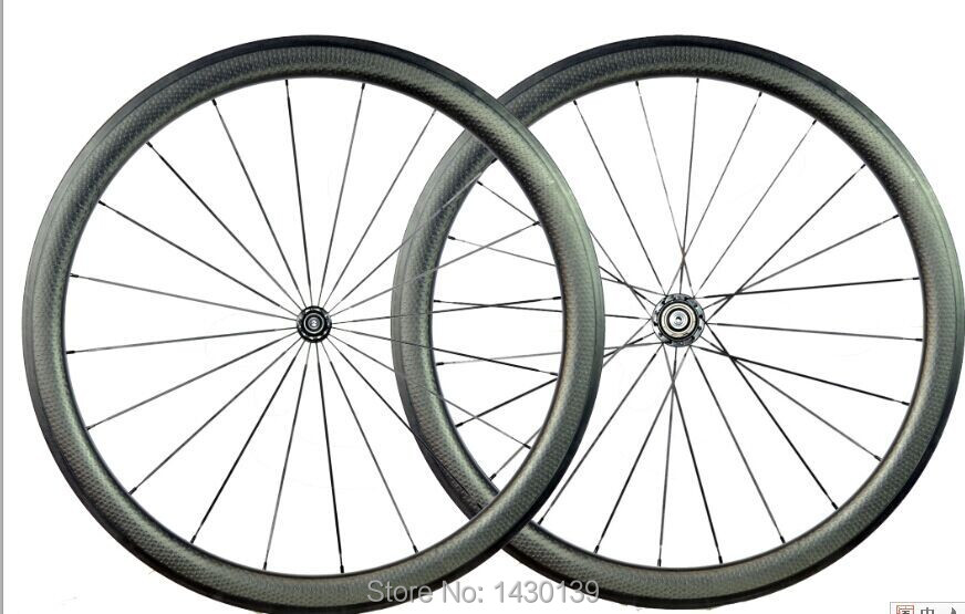 Newest 700C 50mm dimple shape clincher rim Road bike carbon bicycle wheelset with hubs+aero spokes+skewers Free shippingNewest 700C 50mm dimple shape clincher rim Road bike carbon bicycle wheelset with hubs+aero spokes+skewers Free shipping