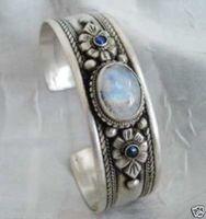 Livraison gratuite > > > > > > Tibet Tribe bijoux Bracelet Moonstone rares argent