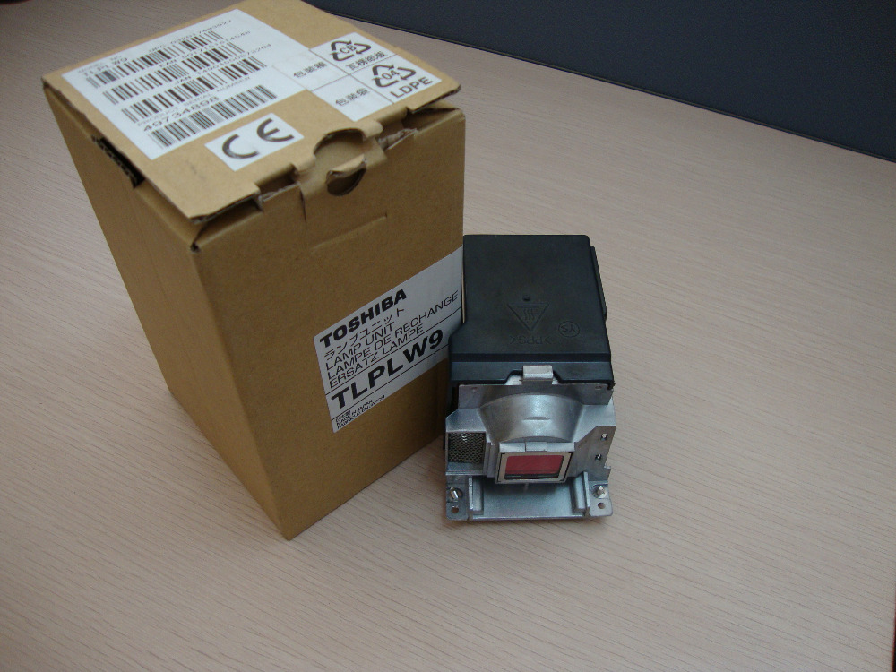 TLPLW9  for TOSHIBA Projector Lamp  TDP-T95U / TDP-T95 / TDP-TW95 / TDP-TW95U / TLP-T95 / TLP-T95U / TLP-TW95 / TLP-TW95U lamtop tlp lv5 projector lamp with housing sc25 sw25 t40 tdp s25 tdp s26 tdp sc25 tdp sw25 tdp t30 tdp t40 180 day warranty