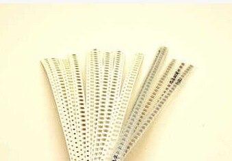 SMD 1206 Ceramic Capacitors 1pF-1uF Chip Capacitors 49Valuesx50pcs=2450pcs, Sample kit  цены