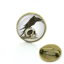 Gothic crow vintage photo brooches Human Skull Raven glass cabochon pin Popular steampunk Black Raven Birds badge men women T561(China)
