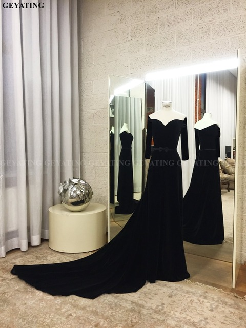 Vintage Black Mermaid Long Sleeves Arabic Evening Dress 2019 Elegant Off the Shoulder Court Train Long Dubai Formal Prom Dresses