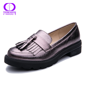Image 3 - AIMEIGAO Spring Autumn Tassels Oxford Shoes Women Platform Slip on Shoes Women 2019 Shiny Round Toe Casual Leather Flats Shoes