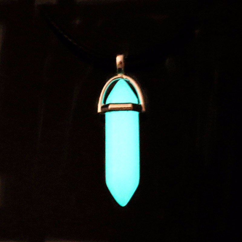 Glow in the Dark Luminous Stone Pendant moonstone Natural quartz crystal wisiorek opal Hexagonal stal nierdzewna Chains Necklace