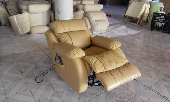 free shipping modern design luxury top grain genuine cattle leather solid wood frame french electric recliner chair lf0013 - Recliner Chair