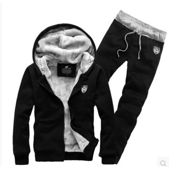New Arrived  Hoodies Men Sweat Suits Fleece Hooded Tracksuit Tops and Pants Plus Size   (Asia Size)