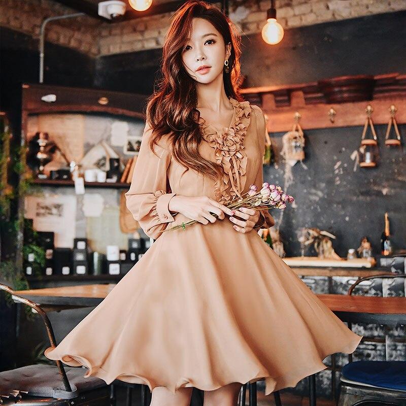 Dabuwawa wiosna nowy Ruffles dekolt w serek sukienka midi w stylu vintage dla dziewczyny kobieta pani 2019 długi rękaw Puff romantyczny sukienka na imprezę DN1ADR020 w Suknie od Odzież damska na  Grupa 1