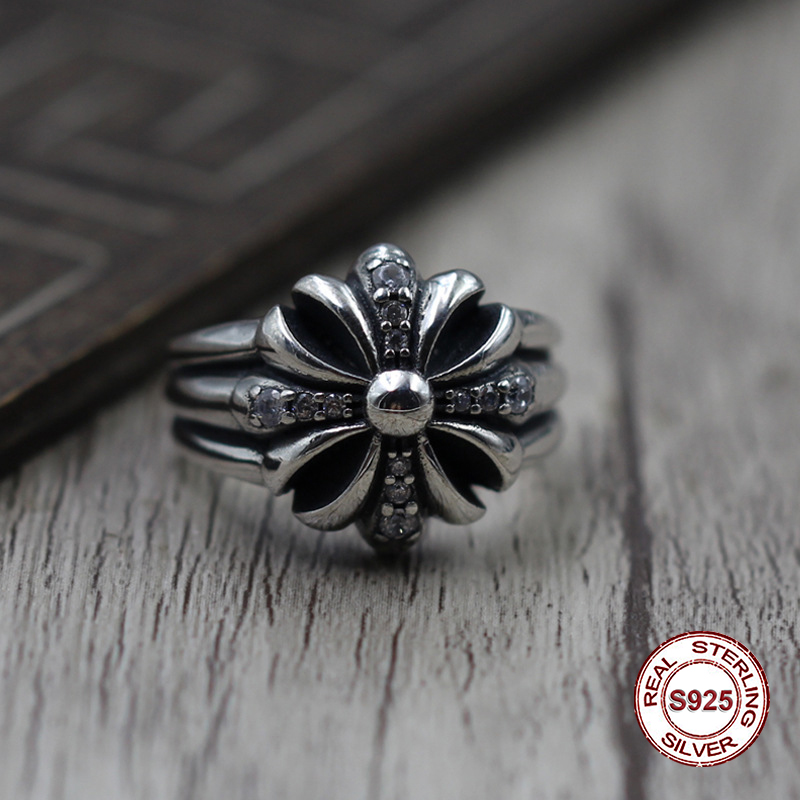 S925 pure silver mens ring individuality Restoring ancient ways punk style Crusades are encrusted with a classic zircon ringS925 pure silver mens ring individuality Restoring ancient ways punk style Crusades are encrusted with a classic zircon ring
