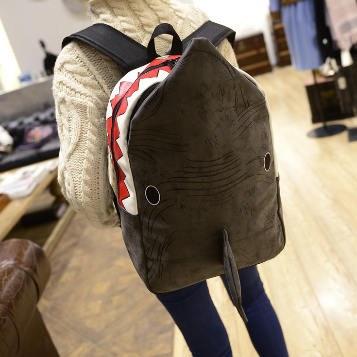 Japanese Korean version 2017 new personality Nubuck PU dolphin shark Cartoon image lovely man woman bags travel Backpacks free shipping korean version candy colors fairy tail logo printing man woman canvas schoolbag red green black blue backpacks