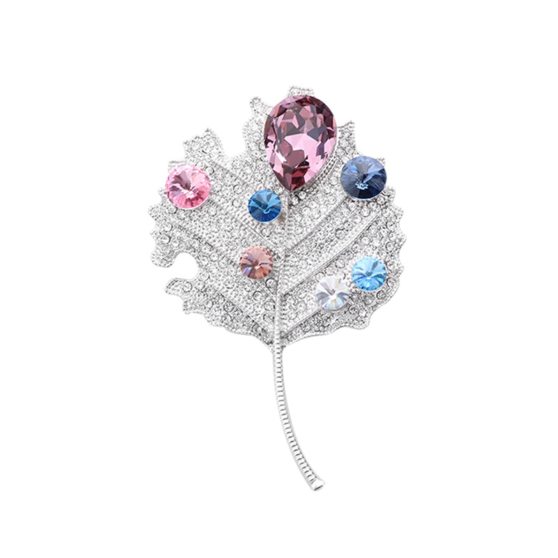 Classic Maple Leaves Brooches for Women Pins Fashion Luxury Cubic Zirconia Plant Charm Brooch Pin Gift Accesorios Mujer Jewelry in Brooches from Jewelry Accessories