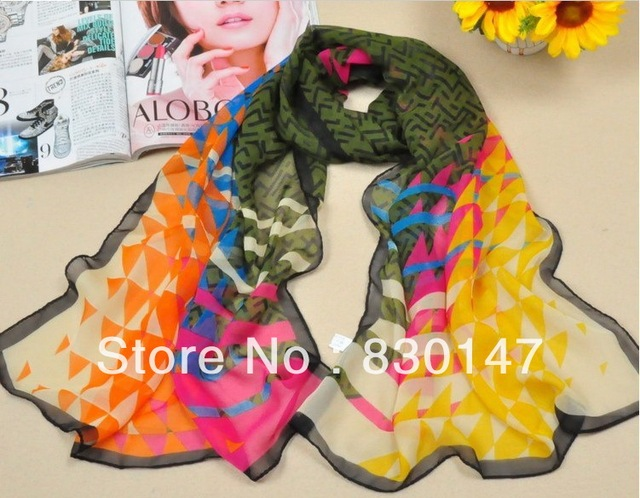 Free Shipping!!! 2013 Wholesale Handmade And Factory Directly Sale Print Fashion Scarves For Women