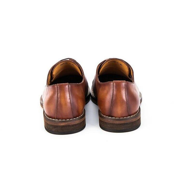 Moda 2020new marki prawdziwej skóry ręcznie robione buty mężczyźni w stylu Vintage Lace up oksfordzie buty dla mężczyzn buty typu casual ze skóry bydlęcej mężczyzna w Oxfordy od Buty na  Grupa 3