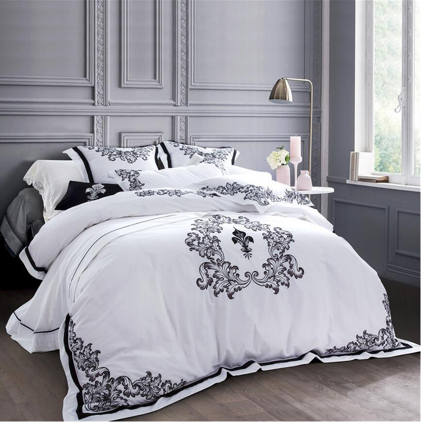 Luxury White Embroidered Bedclothes Egypt Cotton Bed Set 5 Star Hotel Bedding Queen King Size