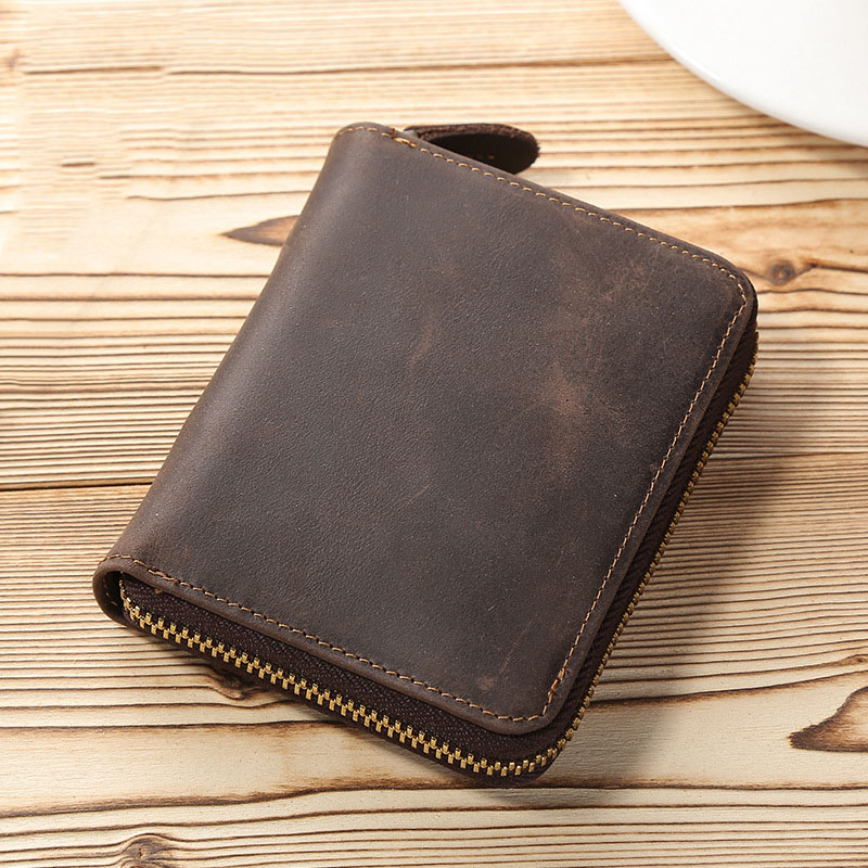 Europe and the United States style short paragraph retro crazy horse leather zipper wallet horizontal section shield magnetic le crazy horse skin retro vertical section square short paragraph men wallet leather men wallet multi card wallet