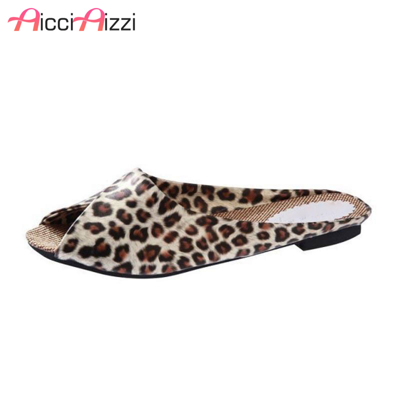 New Fashion The Flip Flops Women Soft Leather Shoes Leopard Print Peep Toe Sandals Women's Slippers Women Flats Plus Size 35-40 inc new beige leopard print 2 piece set women s size small s henley blouse $79