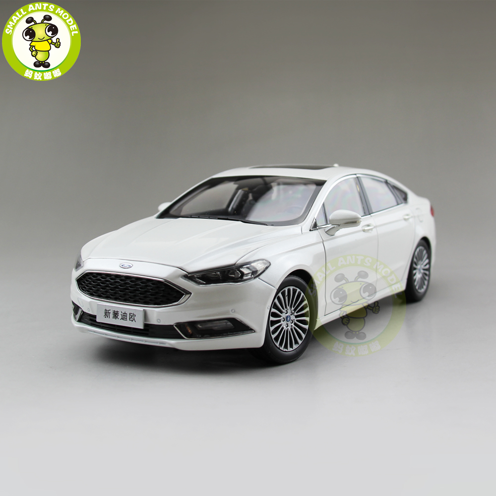 1/18 Ford New Mondeo 2017 Diecast Metal Car Model Toys for kids Boy Girl Gift Collection