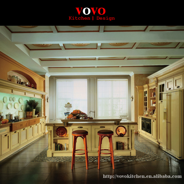 Crown Molding In Kitchens: Luxury Wood Kitchen Furniture With Crown Molding-in
